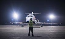 Самолет в аэропорту Манас. Архивное фото