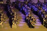 II Дүйнөлүк көчмөндөр оюндарынын ачылыш аземинде Маш ботойду аткарып жаткан комузчулар