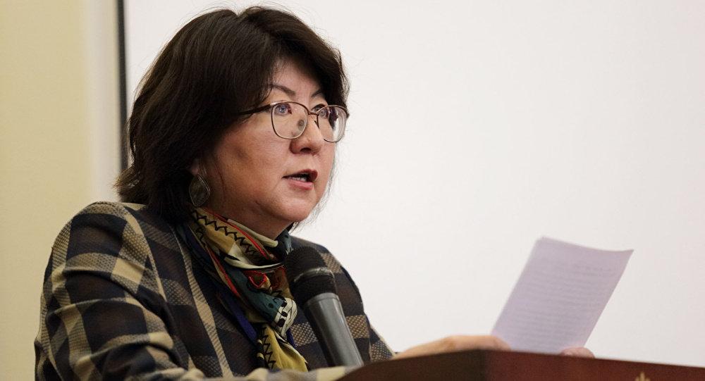 Архивное фото заместителя министра культуры, информации и туризма Айнуры Темирбековой