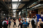 Пассажирский поезд который врезался в платформу на железнодорожной станции города Хобокен в американском штате Нью-Джерси