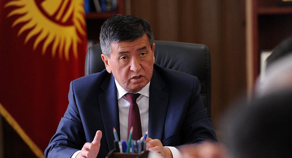 Архивное фото и.о. премьер-министра Сооронбая Жээнбекова