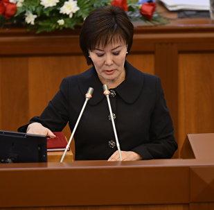 Депутат Гүлшат Асылбаеванын архивдик сүрөтү