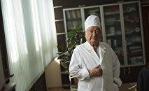 Медицина илимдеринин доктору Мамбет Мамакеев. Архивдик сүрөт