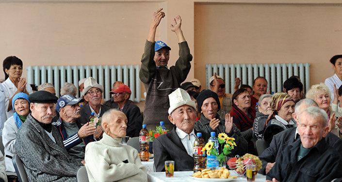 Дома престарелых кыргызстана сиделки по уходу за лежачими больными без посредников