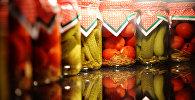 Консервированные овощи. Архивное фото