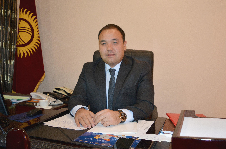 Архивное фото председателя Государственной службы миграции Бакытбека Адылова
