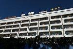 Здание гостиницы Ош Нуру в городе Ош, где погибла 20-летняя девушка, сорвавшаяся с 7-го этажа