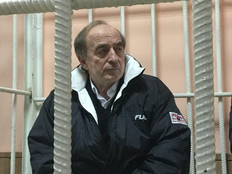 Депутат Жогорку Кенеша Хаджимурат Коркмазов в суде