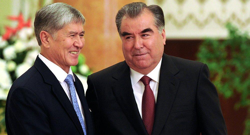 Владимир Путин потелефону поздравил Эмомали Рахмона сднем рождения