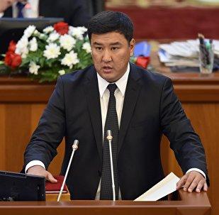 ЖК депутаты Кыянбек Сатыбалдиевдин архивдик сүрөтү