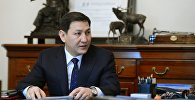 Улуттук коопсуздук мамлекеттик комитетинин төрагасы Абдил Сегизбаевдин архивдик сүрөтү