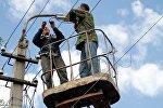 Бишкектин көчөсүнүң биринде жарык берүү системасын оңдоо