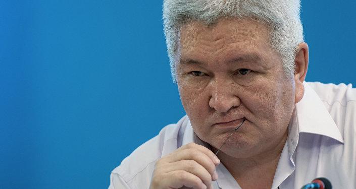 Депутат Жогорку Кенеша 5-го созыва Феликс Кулов. Архивное фото
