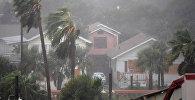 Сильный ураган метью на южной флориде, США