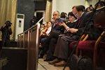 Жогорку Кеңештин депутаты Өмүрбек Текебаевдин архивдик сүрөтү
