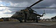 Российский транспортно-штурмовой вертолет МИ-8АМШТ на аэродроме Хмеймим в Сирии, архивное фото