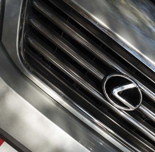 Lexus 470. Архивное фото