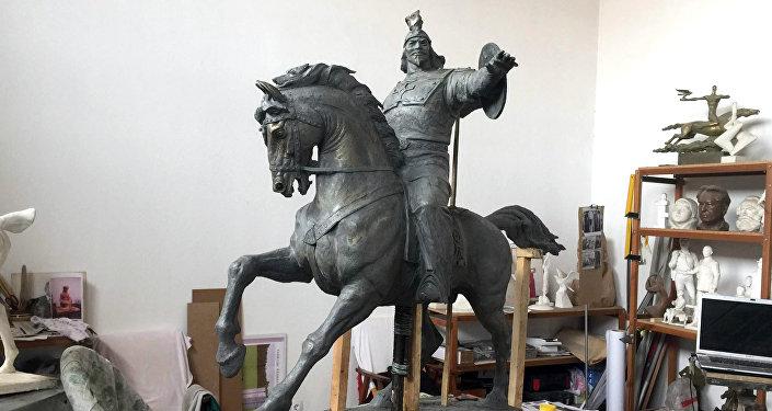 Мэрия Стамбула обещает помочь с установкой памятника Манасу в туристическом центре города