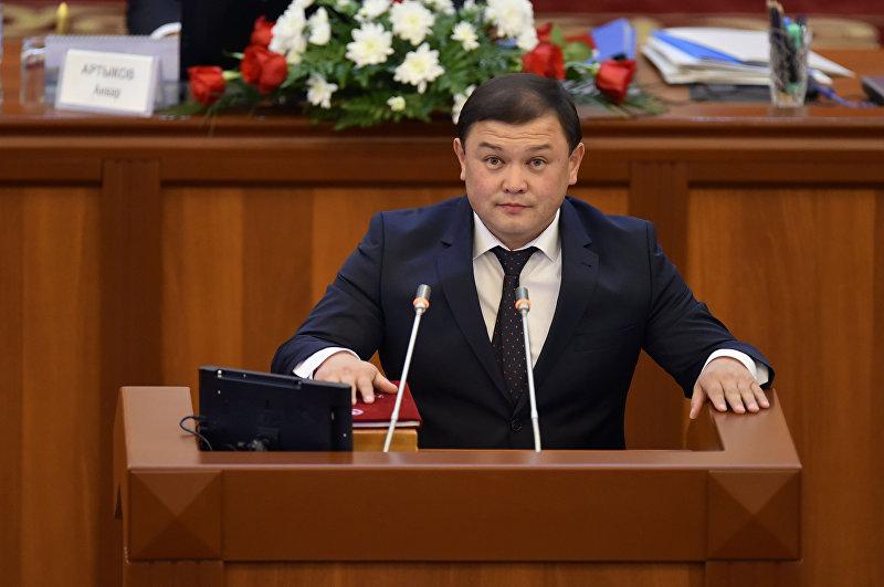 Депутат ЖК 6 созыва Дастанбек Джумабеков от партии Бир Бол. Архивное фото