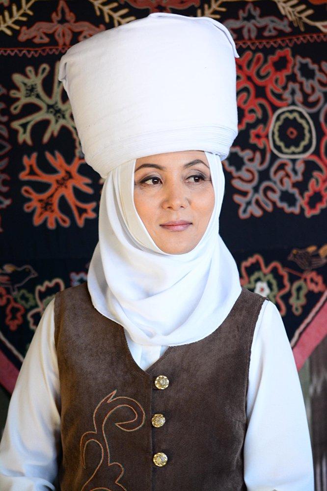 Гүлназ Сыдыкбекова, сатуучу консультант