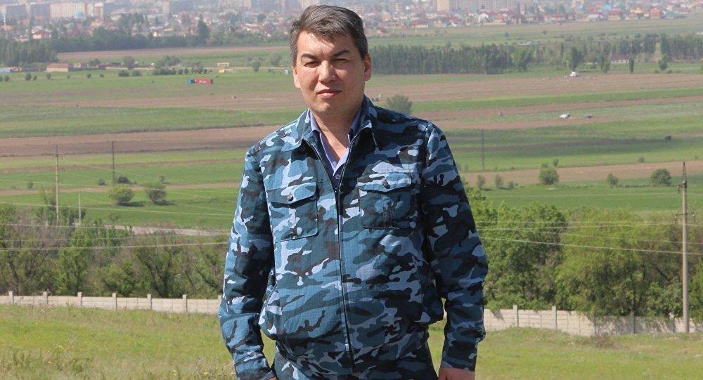 ИИМдин маалымат кызматынын өкүлү Эрнис Осмонбаевдин архивдик сүрөтү