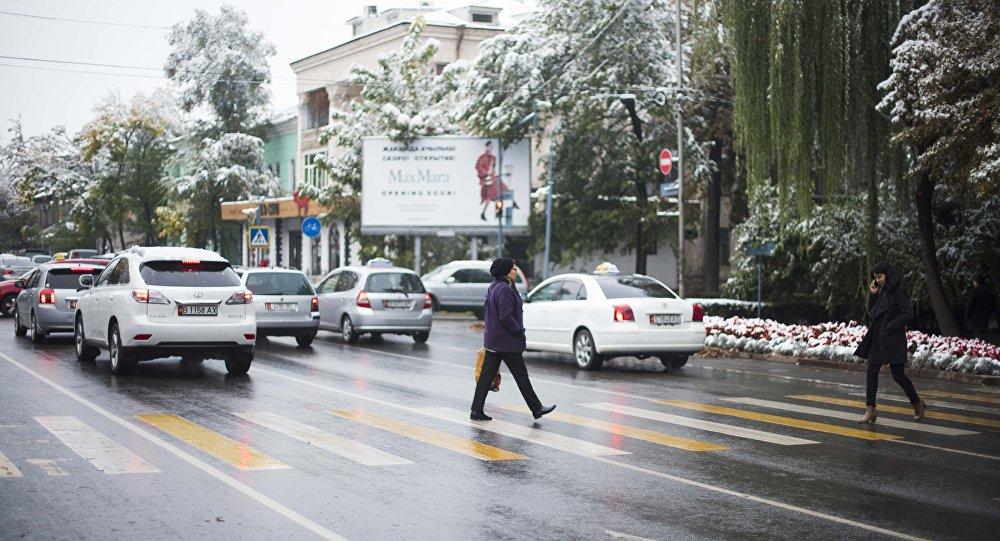 Заснеженный Бишкек. Архивное фото