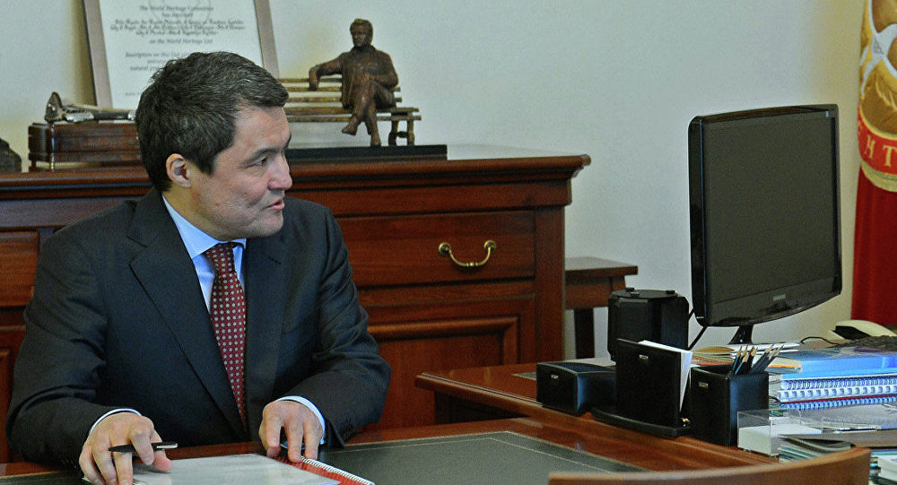 Архивное фото генерального директора ОсОО Газпром Кыргызстан Болота Абилдаева