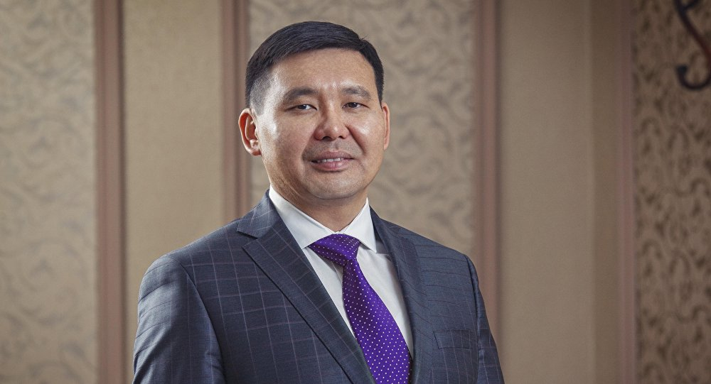 Архивное фото генерального директора ЗАО Альфа Телеком Азата Базаркулова