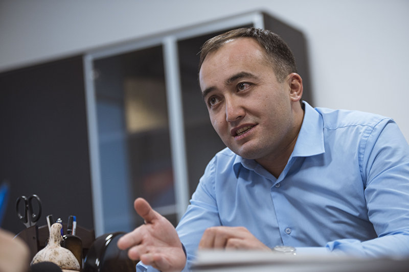 Генеральный директор ОТРК Илим Карыпбеков в своем кабинете. Архивное фото