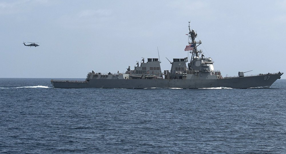 Американский боевой корабль вновь обстрелян стерритории Йемена
