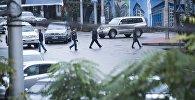 Бишкекте жолду өтүү