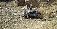 Базар-Коргон районунун Арстанбап айыл аймагындагы Кызыл-Октябрь айылында Жигули унаасы жолдон чыгып, жарга түшүп кеткен