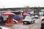 Продажа репчатого лука на рынке Дыйкан-Пишпек. Архивное фото