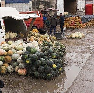 Рынок Дыйкан-Пишпек. Архивное фото