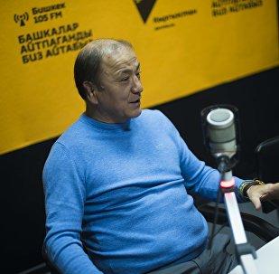 Мурдагы ички иштер министри Мелис Турганбаев. Архивдик сүрөт