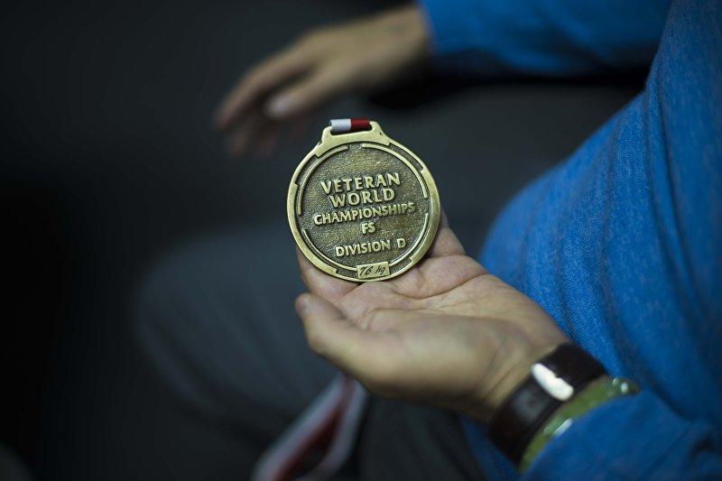 Медаль экс-министра внутренних дел, вице-президента Федерации спортивной борьбы КР Мелиса Турганбаева