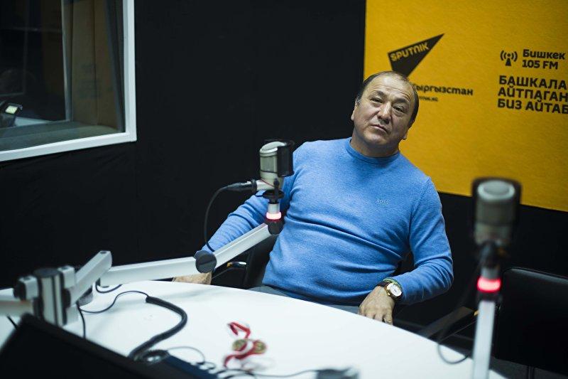 Экс-министр внутренних дел, вице-президент Федерации спортивной борьбы КР Мелис Турганбаев во время интервью