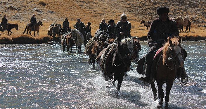 По последним данным, на территории Большого и Малого Памира проживают около 2 100 этнических кыргызов
