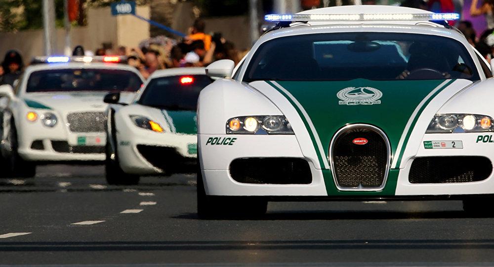 Полицейские автомобили Дубая попали вКнигу рекордов Гиннесса