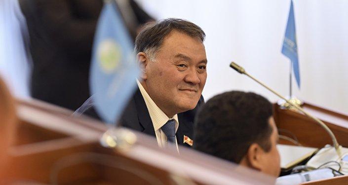 Депутат ЖК Камчыбек Жолдошбаев. Архивное фото