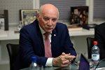 Министр иностранных дел Парагвая Эладио Лойсага в офисе информационного агентства и радио Sputnik в Москве
