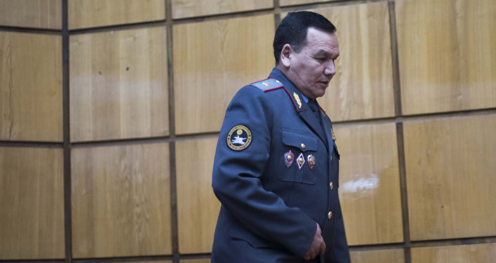Мчки иштер министри Кашкар Жунушалиев. Архив