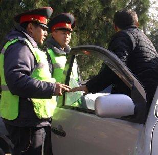 Уступят ли дорогу скорой бишкекские водители — милиция провела рейд