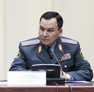Ички иштер министри Кашкарбек Жунушалиевдин архивдик сүрөтү