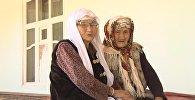 В Баткене 80-летняя женщина ухаживает за 106-летней матерью. Больше некому