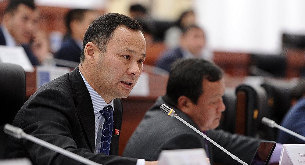 Жогорку Кеңештин депутаты Руслан Казакбаев. Архив