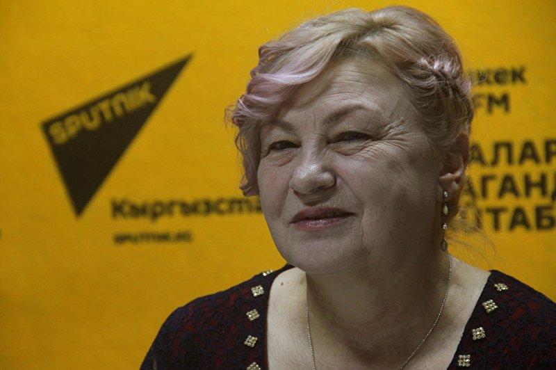 Руководитель общественного объединения Умут-Балыкчи Светлана Баштовенко во время интервью на радио Sputnik Кыргызстан