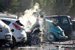 Пожарная служба на месте взрыва на парковке рядом со зданием торгово-промышленной палаты (ТПП) в Анталье, Турция