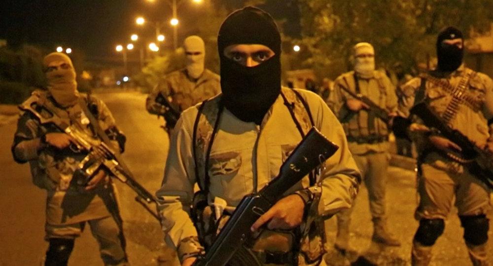 Ислам мамлекети терордук уюмунун мүчөлөрү. Архив