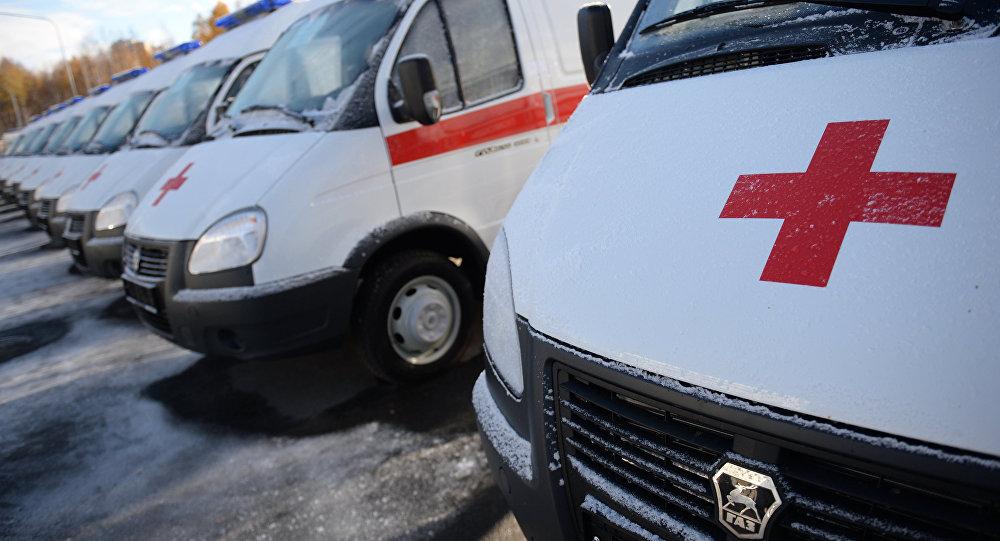 Наюге Киргизии военный КамАЗ потерял управление иврезался вдом